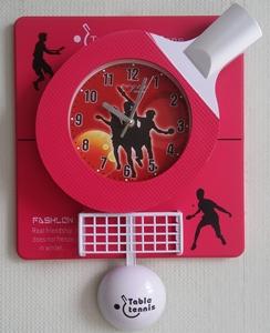Часы подарок красные теннис