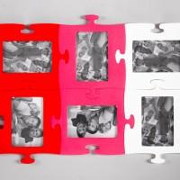 Червоно-рожева фоторамка з нотками білого кольору гуртом у Івано-Франківську